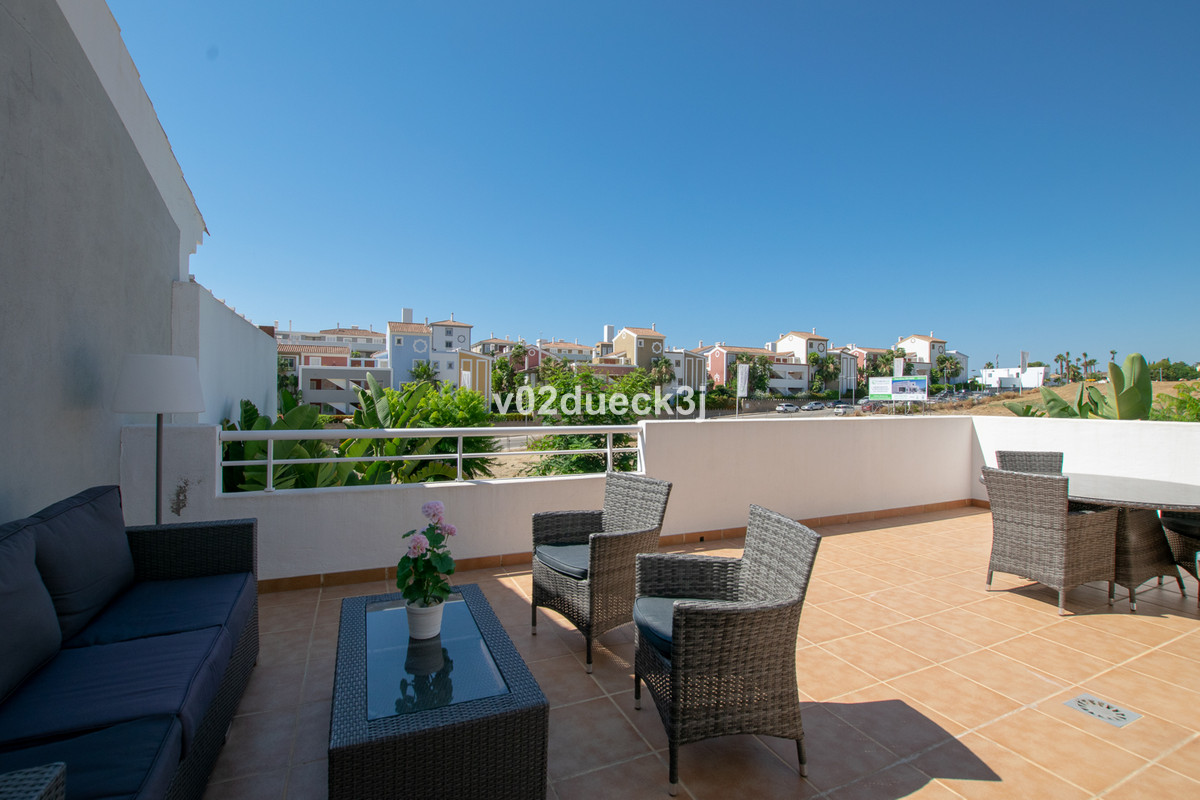 A modern and stylish apartment in a popular development with two bedrooms, two bathrooms and a lovel, Spain