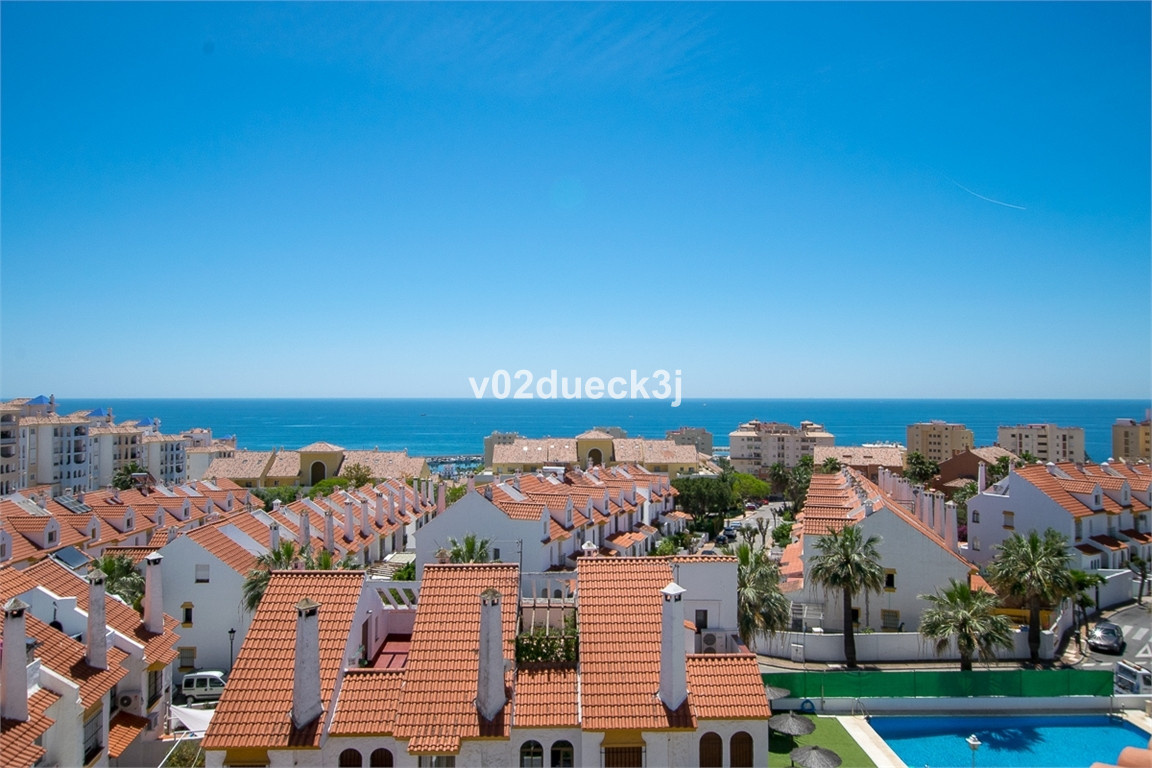 This is a cosy duplex penthouse with wonderful sea views located in a well-maintained residential ar,Spain
