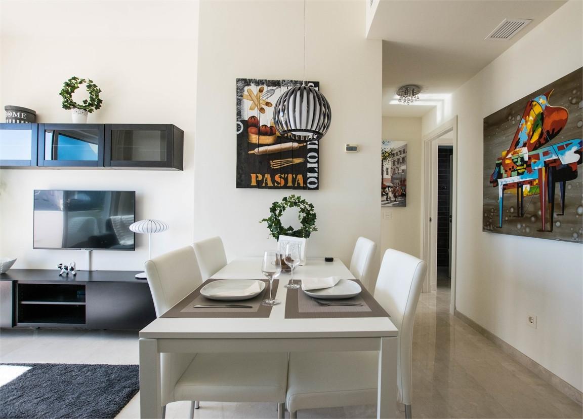 Apartamento con 2 Dormitorios en Venta Valle Romano