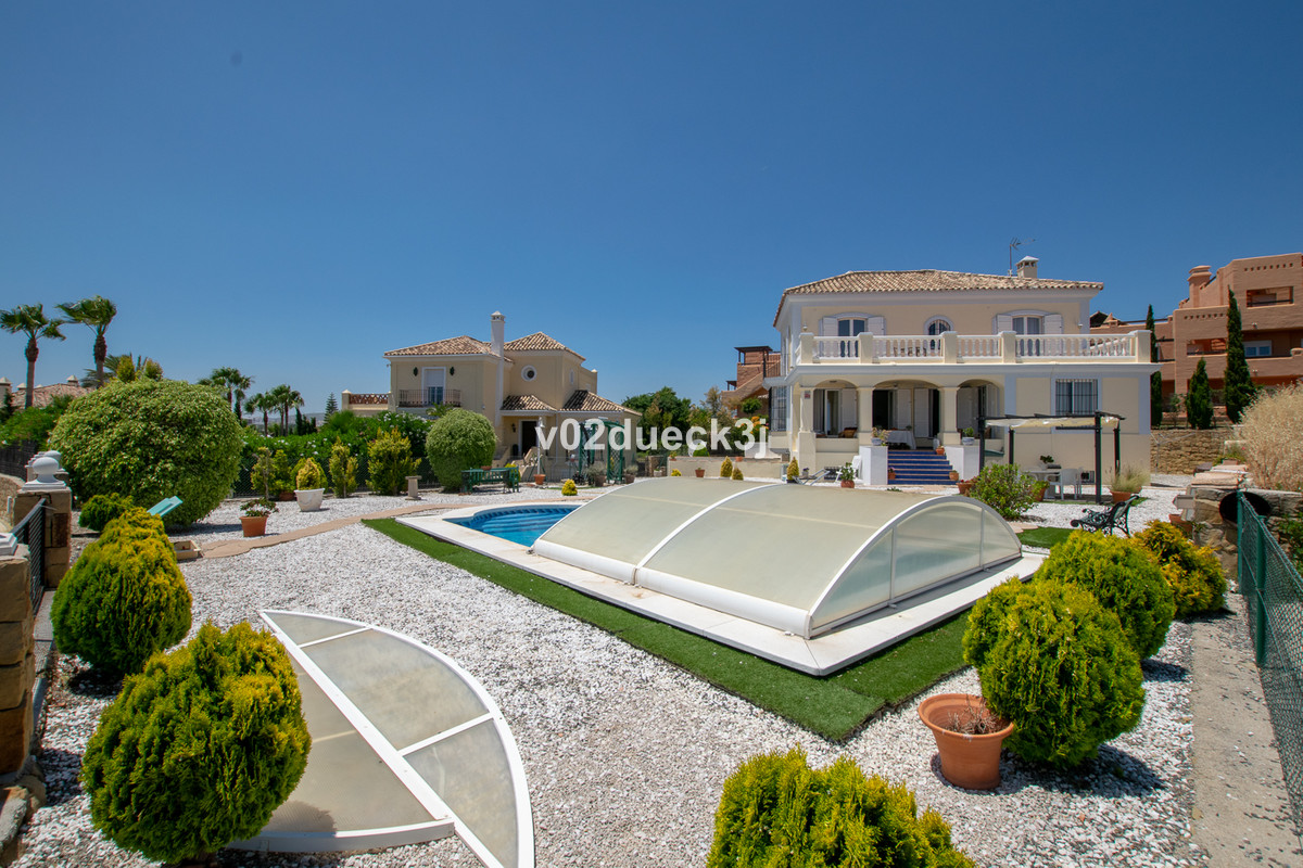 4 bedroom villa for sale casares
