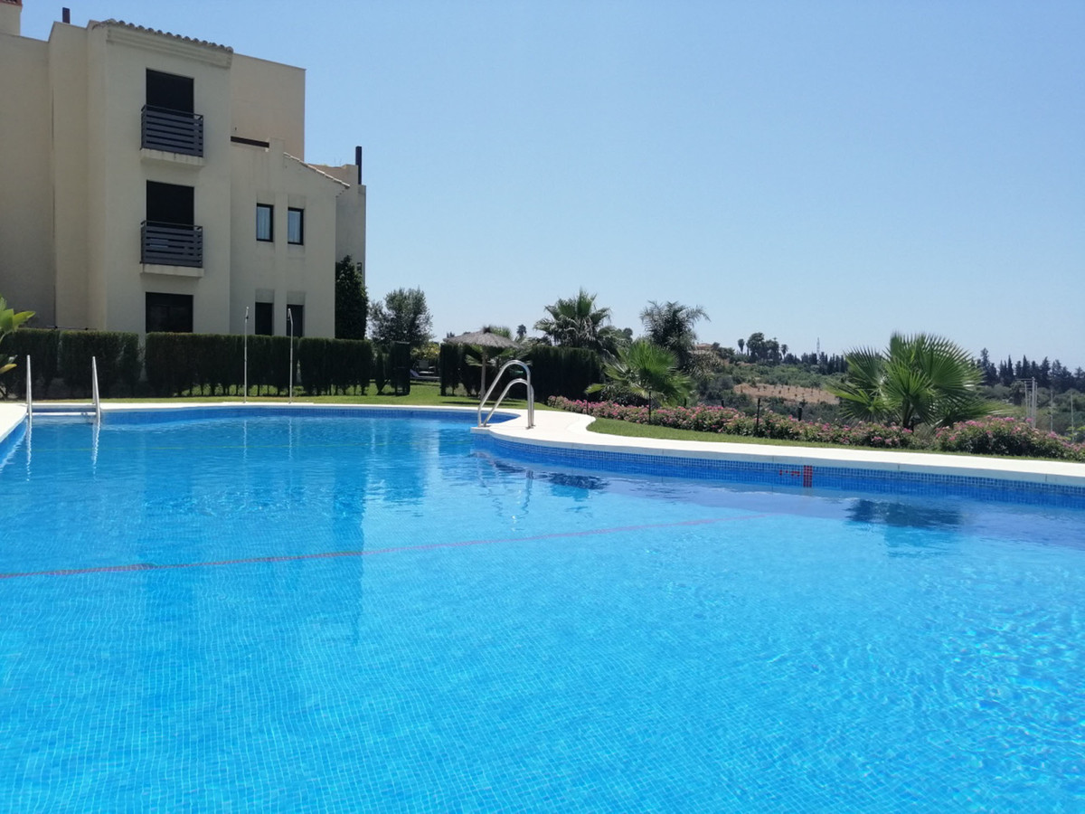 Ground floor apartment with 200sm own garden around the whole apartment to enjoy the sun shine from ,Spain