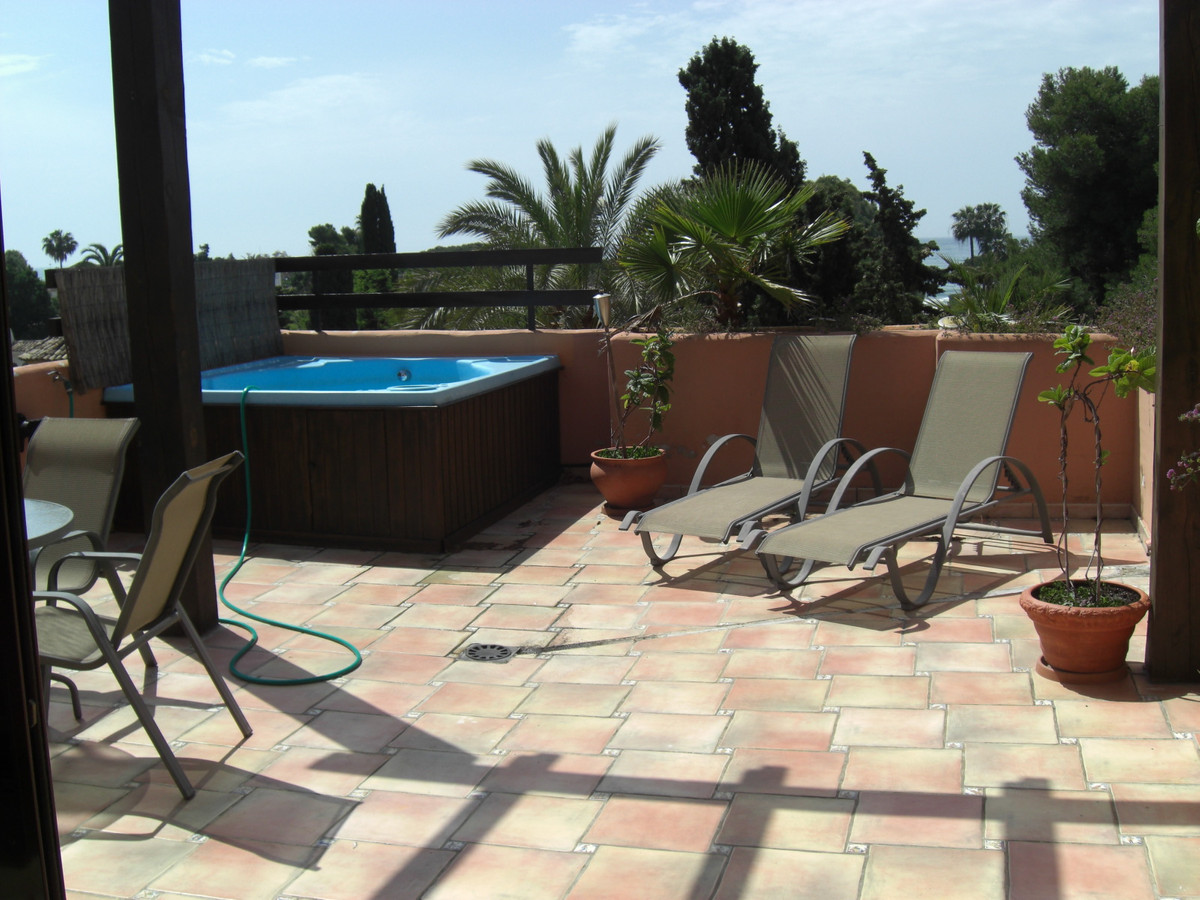 Penthouse duplex apartment, beach side, sunny south facing terraces to enjoy the sun from morning to, Spain