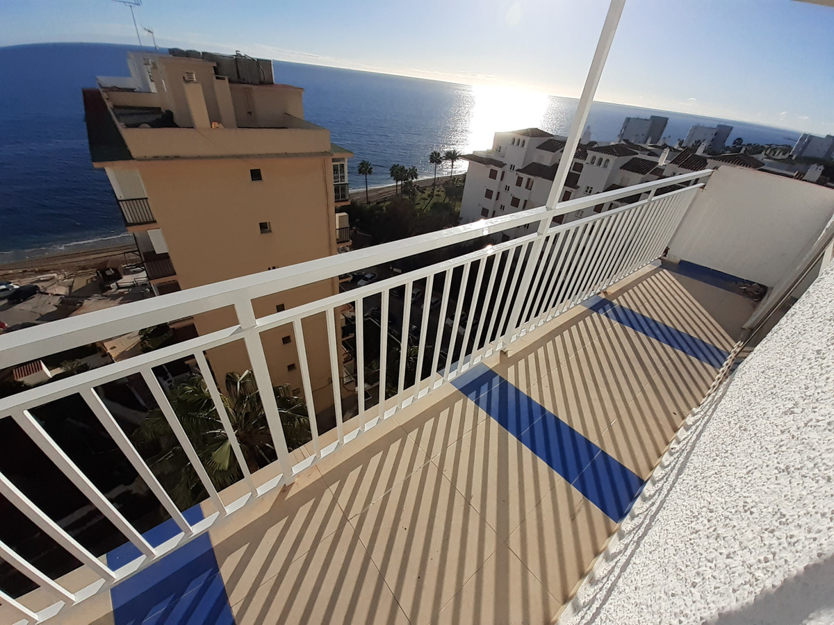 Spectacular apartment in Calahonda, Mijas costa, Spain, just two hundred meters from the sea, in an , Spain